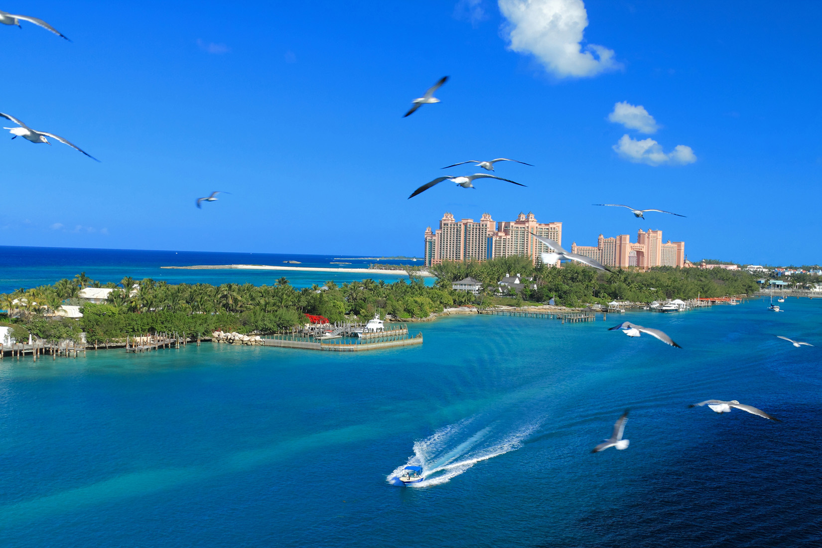 Bahamas wants cruises to return to Nassau, not just private islands